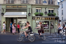 Guided walking tour of Food in St Germain des Près